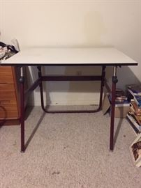 folding drafting table