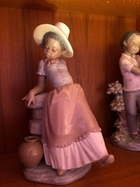 Retired LLADRO Spain STEP IN TIME African American Porcelain Figurine 5158