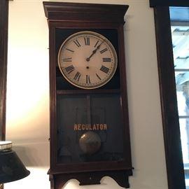 Antique Sessions clock - running