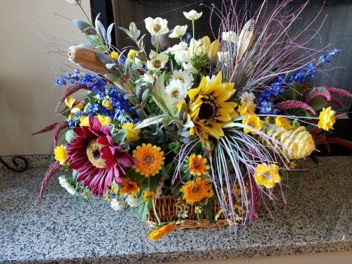 Two wonderful High End Floral Displays