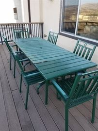 Outdoor Table - 6 Chairs