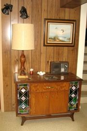 Wood cabinet w/stained glass accents