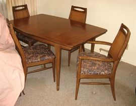 Danish Modern Table & Chairs, 6 chairs total includes 2 armed captain's chairs
