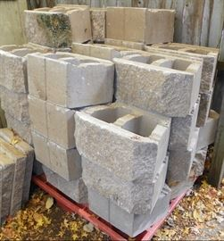 38 pcs. pavestone with 5 cap stones