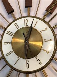 Vintage Mid Century Modern Eames Era Sputnik Starburst wall clock, Atomic