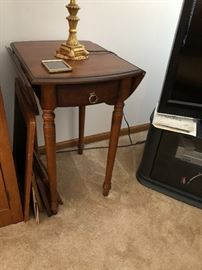 Cherry wood drop leaf side table