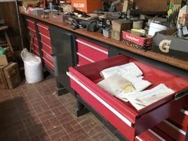 Craftsman tool bench