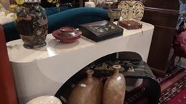 Interesting Asian decorative accessories to gift or to keep.