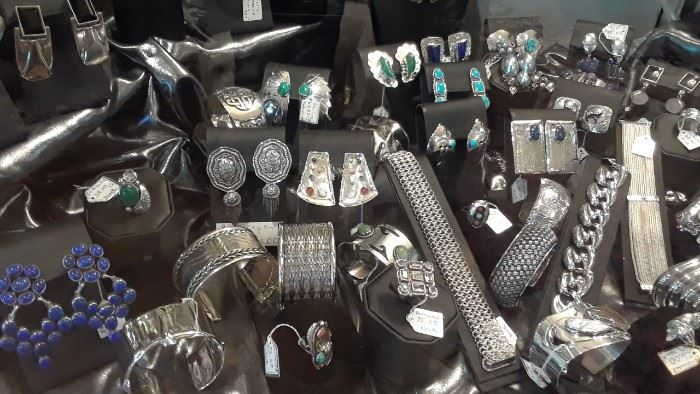A large selection of Mexico and Italian sterling silver jewelry.