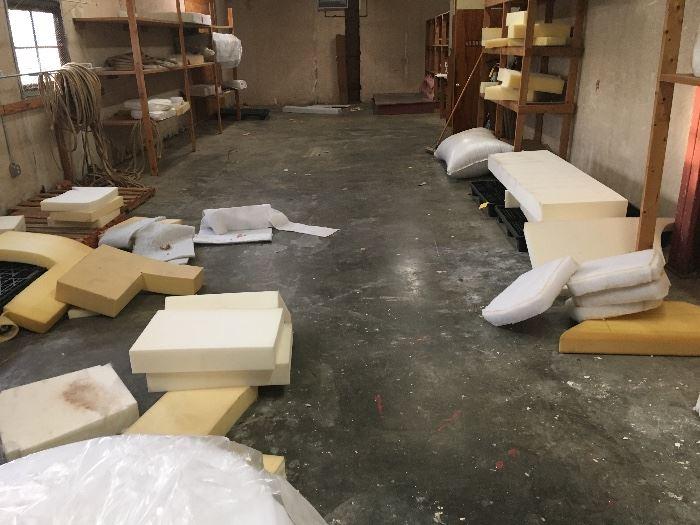 foam, full slabs and scrap foam for indoor, outdoor an marine foam