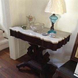 Turtle top empire table with good marble; blue oil lamp; Wedgewood smalls; Nippon chocolate pot; cut glass berry bowl
