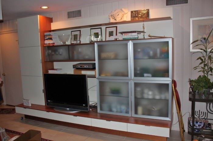 Polyform Italian Wall Unit with Flat Screen and Loads of Decorative Items and Bric-A-Brac