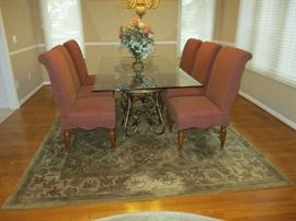 GLASS TOP DINING TABLE W/6 UPHOLSTERED CHAIRS, AREA RUG