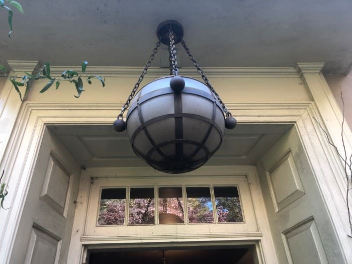 GORGEOUS OUTDOOR LIGHT FIXTURE