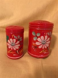 Tole Painted Salt & Pepper Shakers 7.50 (set)