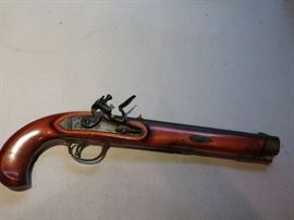 REPRODUCTION BLACK POWDER PISTOL MADE IN ITALY.  GREAT STUFF.