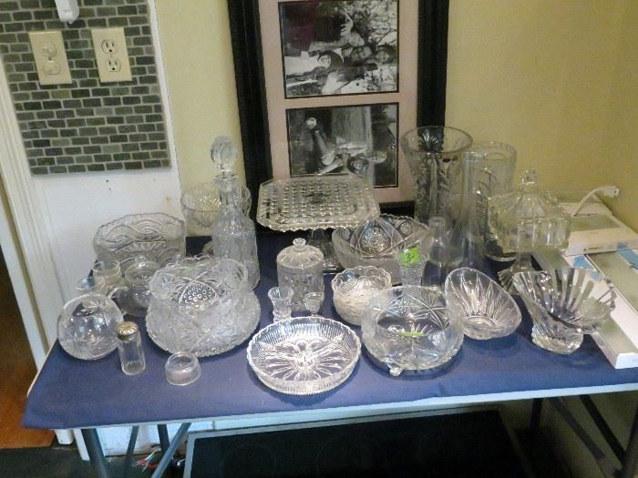ELEGANT CRYSTAL AND GLASS SERVING DISHES.