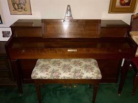 Baldwin piano with stool