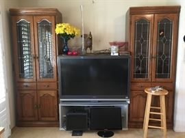 TV w/Stand - (2) Display Cabinets