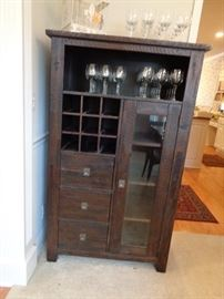 love this rustic look piece