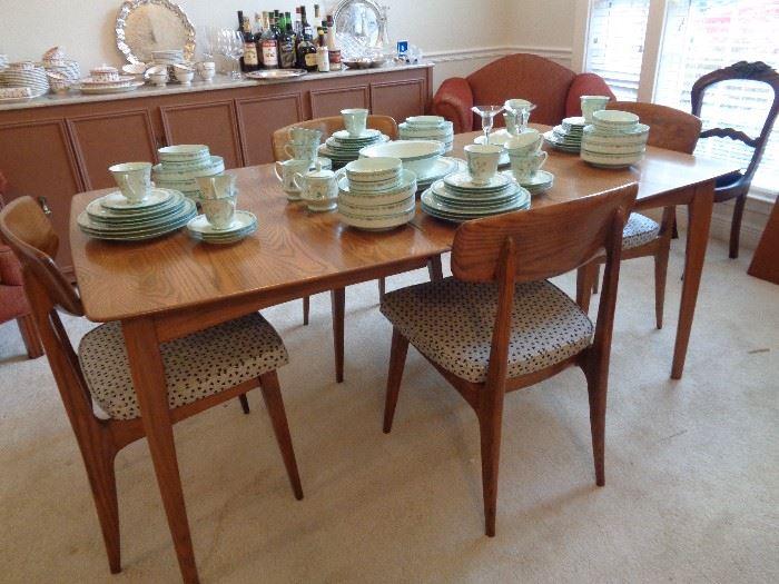 mid century walnut dining table w/2 leaves