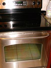 GE smooth top stove