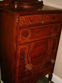 Dresser that goes with set