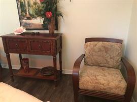 Ethan Allen Accent Table & Jamaica Chair