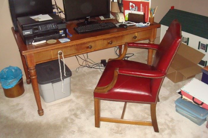Desk and leather seat & back chair.