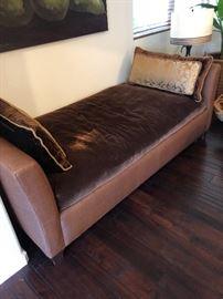 Kreiss fainting couch -