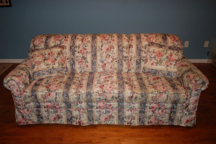 Craftmaster floral sofa