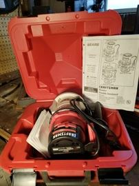 Craftsman presents the one and a 1/2 HP router. Model number 315175040. Item includes case and manual. Item has not been tested.