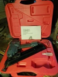 Craftsman presents the 15 gauge in-line angle finish nailer. Model number 35 1.184420.