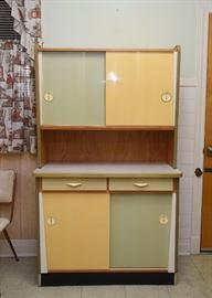 "Vintage Kitchen Cabinet Unit (approx. 40.5"" L x 17.75"" W x 67.5"" H)"