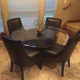 Amazing kitchen table Round glass top 4 chairs