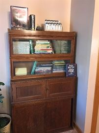 Globe bookcase/cabinet