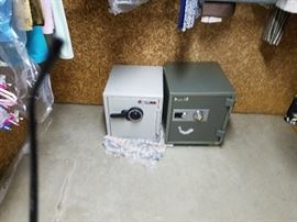 SAFES with key and combo