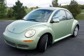 2009 Volkswagen New Beetle Passenger Car, Sunroof, Automatic Transmission, 64,699 Miles, VIN # 3VWRW31C79M517531