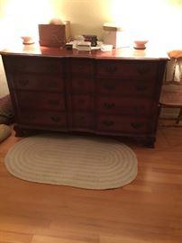 Kling dresser