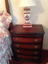 One of two 4-drawer nightstands; one of two vintage floral urn lamps