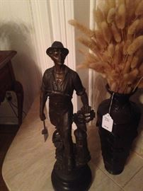 Stately bronze statue