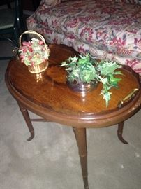 Oval tray - coffee table