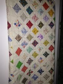 Wow! Eye-catching colorful quilt