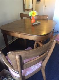 Super cool Heywood Wakefield dining table with 3 leaves
