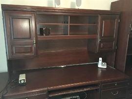 Executive desk. 6 pieces
