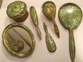 003 Opalescent Green Vanity Set
