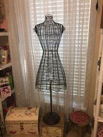 Black Wire Dress Forms