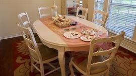 Gorgeous Dining Table and Six Chairs