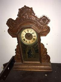 INGRAHM GINGERBREAD KEYWIND KITCHEN CLOCK