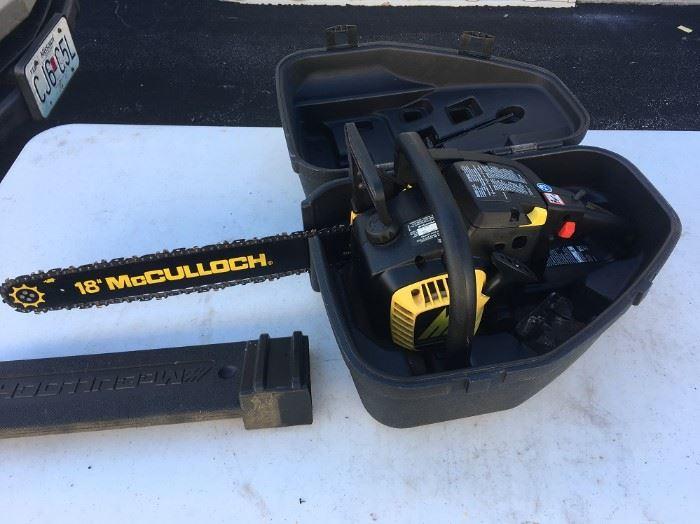 "18"" 38cc McCULLOCH CHAIN SAW W/CASE"